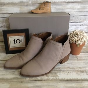 New Franco Sarto Ankle Boots Booties